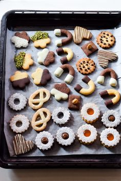Ideas desserts weihnachten weinachts for 2019 Sweet Recipes, Real Food Recipes, Cookie Recipes, Dessert Recipes, Biscotti Cookies, Cake Cookies, Biscuits, Italian Cookies, Mini Desserts