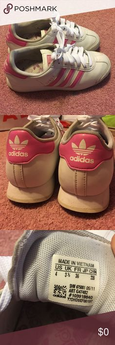 Pink adidas Samoa Bought used but I spent a lot of time and effort to clean these babies up, now they look fantastic. There's a bit of wear I couldn't fix but nothing too drastic. Kids size 4 / European size 36 / probably about a size 6/6.5 in US? I'm a 7 and it's a bit too small for my liking. Baby pink and white. I bought these laces new since I couldn't really clean the old ones. Sanitized the inside. Adidas Shoes Sneakers