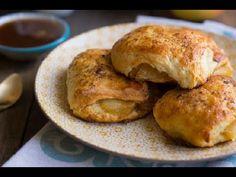 Яблочные бисквиты с соусом / Едальня