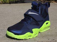 Nike Air Max Express   Midnight Navy   Volt