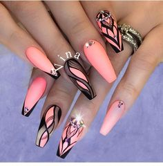 The advantage of the gel is that it allows you to enjoy your French manicure for a long time. There are four different ways to make a French manicure on gel nails. Best Acrylic Nails, Acrylic Nail Designs, Nail Art Designs, Colored Acrylic Nails, Nails Design, Fabulous Nails, Gorgeous Nails, Pretty Nails, Dope Nails
