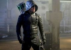 Season 7 of Arrow introduced a new Green Arrow while Oliver (Stephen Amell) adjusts to life behind bars. The Cw Tv Shows, Sci Fi Tv Shows, Green Arrow Tv, Red Arrow, Green Arow, Arrow Season 3, Season 7, Arrow Cosplay, Oliver Queen Arrow