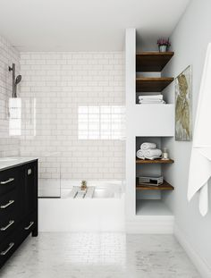 Best Bathroom Renovation Ideas The very first step to remodeling is thinking of a design. Here's a collection of restroom renovation concepts and also pictures from significant manufacturers. Brown Bathroom, Bathroom Kids, Modern Bathroom, Gold Bathroom, Bathroom Closet, Cream Bathroom, Rental Bathroom, Bathroom Shelves, Bathroom Vanities