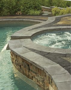 This gorgeous pool features a beautiful border from the Cambridge Crusader Collection.