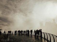 mist from niagara falls new york ontario