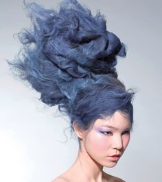 Although this photo is much more avant garde, I simply LOVE this shade of BLUE! Wonder how they came up with it...? Hmmm?