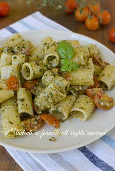 ricetta pasta con pesto di mandorle veloce e pomodorini basilico ricetta primo…