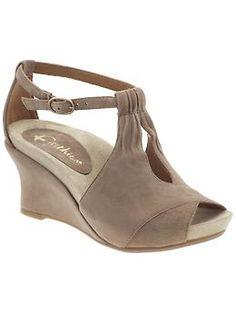 Stylish orthopedic shoes