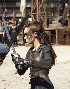 Lexa <<ahhhhhhhhHHHHHHHHHHHHHHHHHHHHHHH LOOK QT THAT GODDESS GOD FUCKING DAMN LOOK AT HER WARPAINT N THAT LOGICAL AND PROCTECTIVE ARMOUR MMMOHHHMY FUCKME IN TH EOITHY *smashes brick directly into the feels centre of my brain*
