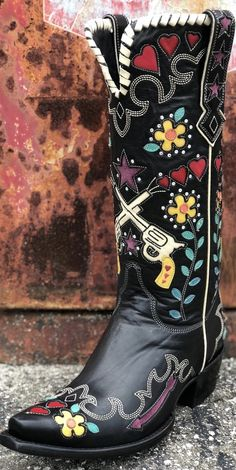 Double D Ranch Cowgirl Bandit Boot by Old Gringo~ Black These Old Gringo Cowboy Boots Black Cowgirl, Black Cowboys, Cowboy And Cowgirl, Cowgirl Style, Cowgirl Boots, Western Boots, Old Gringo, Teen Girl Outfits, Boating Outfit