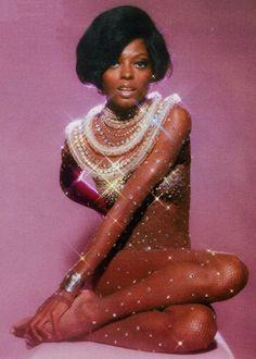 Diana Ross. S)