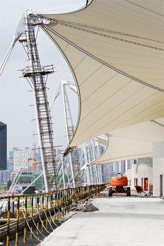 megastructure-shanghai-2010-expo | Serge Ferrari Précontraint composite membrane