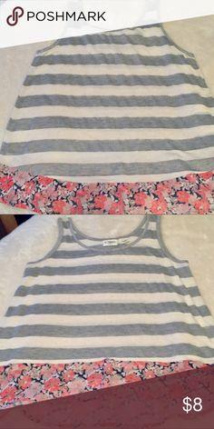 Girls Hi-Lo Blouse sz Large Adorable girls hi-lo blouse💓sz large (14/16) Cato Shirts & Tops Blouses