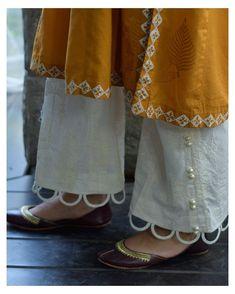 Salwar Designs, Kurta Designs Women, Kurti Designs Party Wear, Fancy Dress Design, Stylish Dress Designs, Pakistani Fashion Casual, Pakistani Dresses Casual, Stylish Dresses For Girls, Stylish Outfits