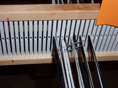 how to direct warp a rigid heddle loom for log cabin pattern.