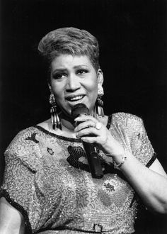 Remembering The Queen Of Soul: Aretha Franklin's Life Through The Years 1984 Famous African Americans, African American History, Music Icon, Soul Music, Aretha Franklin, John Waters, Soul Singers, Black Power