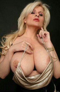 Sexy ass babe porn