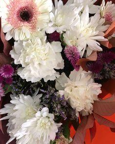 #sunshinecoastflorist #sunshinecoastflowers #freshflowers #flowers #aussieworld #aussieworldflowers #orderonline