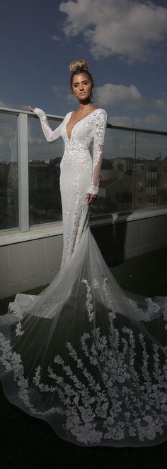 Stunning #BERTA bride Bar Boganim from Israel in style 17-138