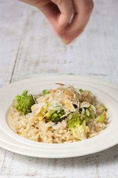 Delicious, tempting recipe for making a vegetarian romanesco risotto. Your family will demand more of this! Serves up to 4 people and ready in about half an hour.