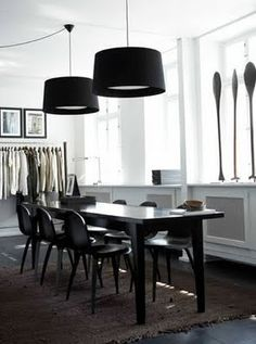 Day Birger et Mikkelsen Home Dining Table Lighting, Dinning Table, Dining Rooms, Scandinavian Interior, Scandinavian Style, Interior Architecture, Interior Design, Workspace Design, Black Lamps