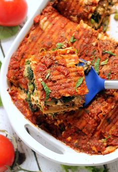 The BEST vegan lasagna! You'd never guess this meatless meal has no meat nor dairy and is HEALTHY! Only 220 calories and 17 grams of protein per slice.