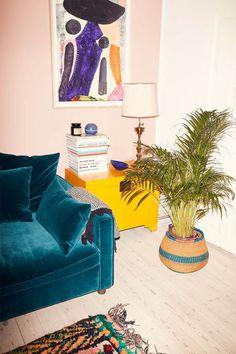 Maison chez Camilla Guldbrandsen et Camilla Hjort - ALT. Home Decor Inspiration, Interior, House Inspiration, Home Decor, Room Inspiration, House Interior, Apartment Decor, Home Deco, Interior Design