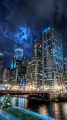 Nightlife in Chicago. Guide to top clubs in downtown, latin nightclubs, yacht clubs. Chicago weekend nightlife for under and over Chicago Usa, Chicago City, Chicago Skyline, Chicago Illinois, Chicago Riverwalk, Chicago At Night, Chicago Bears, Places Around The World, Travel Around The World