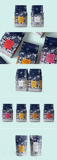 La Selva Cafe coffee packaging by Mamba Studio Coffee Packaging, Coffee Branding, Brand Packaging, Packaging Design, Branding Design, Logo Design, Food Packaging, Bottle Packaging, Corporate Design