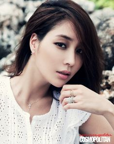 Top 10 Korean actresses according to the fans - Lee Min Jung Lee Min Jung, Asian Makeup, Korean Makeup, Korean Beauty, Asian Beauty, Korean Skincare Steps, Asian Skincare, Lee Joon, Lee Byung-hun