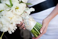 We've totally got each and every bride-to-be covered today with a little bit of everything and now we're moving onto this beyond gorgeous traditional Scottsdale wedding sent into us by Sedona Bride Ph. Bouquet Charms, Flower Centerpieces, Wedding Blog, Wedding Flowers, Bouquets, Bride, My Style, Photography, Beading