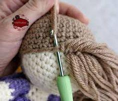 """Résultat de recherche d'images pour """"faire des cheveux dolls crochet"""""""