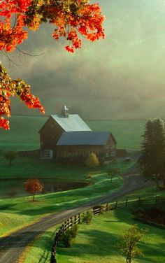 Sleepy Hollow Farm in Woodstock, Vermont • photo: Andrew Moxx on Flickr