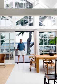Gil Schafer, an architect known for his traditional style, created a summer house that's anything but. Classical Architecture, Interior Architecture, Interior And Exterior, Interior Design, Lakeside Living, Coastal Living, Inside Barn Doors, Classic House, House Tours