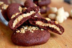 Amapola, el mundo en un plato: Cookies de chocolate rellenas de mantequilla de cacahuete                                                                                                                                                      Más