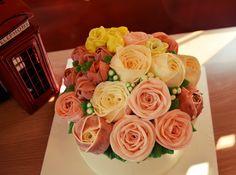#buttercreamcake#rose#cakes#flower#flower cake