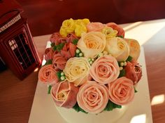 #buttercreamcake#rose#cakes#flower#flower cake