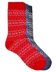 Socken von ASOS aus weicher Materialmischung mit hohem Baumwollanteil Strickdesign mit Norwegermuster elastische Rippstrick-Öffnung Dreierset