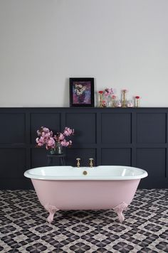 Badezimmer Loved styling this 'petite millbrooke' pink bath painted in Mylands limited edition 'Blus Cast Iron Bath, Bathroom Inspiration, Bathroom Decor, Pink Bathroom, Pink Baths, Bathrooms Remodel, Beautiful Bathrooms, Roll Top Bath, Bathroom Design