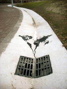 mundo pelo esgoto abaixo,Espanha.