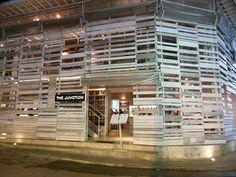 Junction Seminyak Bali: trendy restaurant with a cool interior! | http://www.yourlittleblackbook.me/junction-seminyak-bali/