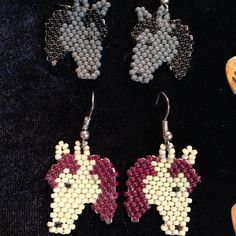 Brick Stitch Earrings, Seed Bead Earrings, Beaded Earrings, Beaded Jewelry, Seed Beads, Loom Beading, Beading Patterns, Beaded Hat Bands, Horse Quilt