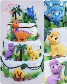 Dinosaur Birthday Cakes, Dinosaur Cake, Birthday Cake Girls, Dinosaur Party, Bolo Dino, Die Dinos Baby, Dino Cake, Gateaux Cake, Cute Polymer Clay