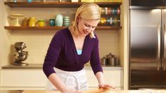 Pie Dough : Bake with Anna Olson : The Home Channel Puff Pastry Recipes, Pie Crust Recipes, Anna Olsen, Half And Half Recipes, Tart Dough, Le Chef, Paula Deen, How Sweet Eats, Nigella Lawson