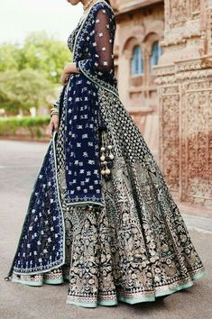 Zifaaf Bridal Couture Specializes in Custom Made Indian and Pakistani Bridal Dresses.👍 ✔Bridal Wear Anarkali Suits ✔Bridal Lehenga ✔Designer Sharara P. Indian Bridal Outfits, Indian Bridal Lehenga, Indian Bridal Fashion, Pakistani Bridal Dresses, Indian Bridal Wear, Indian Sarees, Indian Wedding Dresses, Bridal Anarkali Suits, Lehenga Choli Wedding