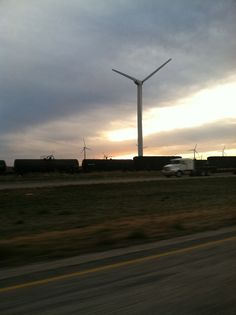 turbines in texas by moveable type truck