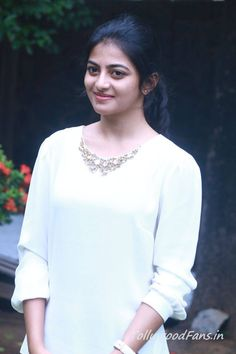 love the white top, Anandhi