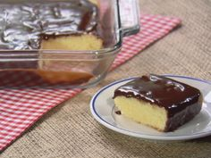 Texas Sheet Cake with Chocolate Ganache Recipe : Trisha Yearwood : Food Network - CAN USE vanilla instead of almond. Food Cakes, Cupcake Cakes, Cupcakes, Sheet Cake Pan, Sheet Cake Recipes, Just Desserts, Delicious Desserts, Dessert Recipes, Party Recipes