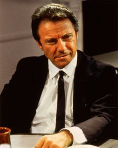 White (Harvey Keitel) Reservoir Dogs Written/Directed by Quentin Tarantino Reservoir Dogs, 90s Movies, Movie Tv, Movies And Series, Love Sick, Boardwalk Empire, Great Films, Quentin Tarantino, Tarantino Films