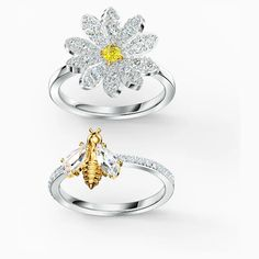 Eternal Flower Ring Set, Yellow, Mixed metal finish | Swarovski.com Swarovski Gifts, Swarovski Jewelry, Crystal Jewelry, Swarovski Crystals, Flora Und Fauna, Bee Ring, Ring Set, Mixed Metals, Silver Diamonds